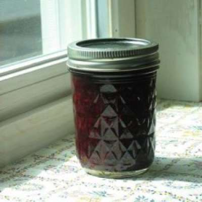 Low Sugar Raspberry-Blueberry Jam